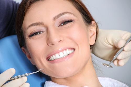 Ästhetische Zahnheilkunde in Buxtehude; wir machen Ihre Zähne schön und vorzeigbar!